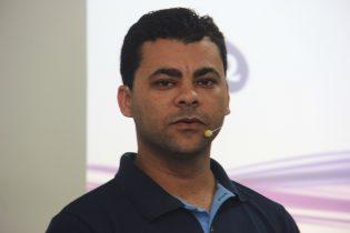 Professor André Luiz além de diretor executivo ensina História do Brasil | foto: Raimundo Mascarenhas