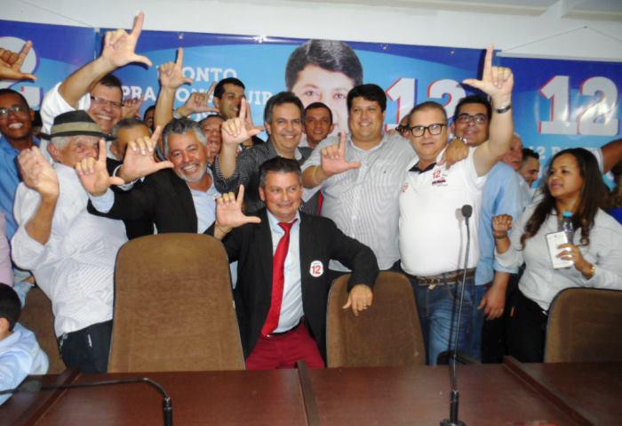 Convenção confirma Luciano como candidato a prefeito de Euclides da Cunha 05-08-2016 - 01