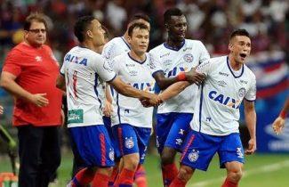 Com um brilhante segundo tempo, o Tricolor levou a alegria a torcida depois de marcar três belos gols contra o Paraná
