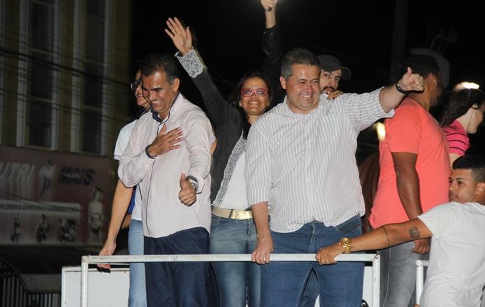 Assis, Val e Alex era uma alegria só | foto: Raimundo Mascarenhas