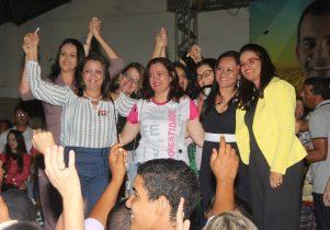 Val disse que vai se unir as mulheres para fazer uma grande campanha | Foto: Raimundo Mascarenhas