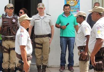 Gilson (á esquerda) comandante do 3ºPel