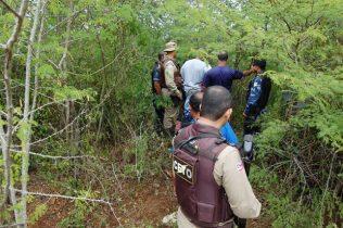 Corpo do adolescente foi encontrado no matagal