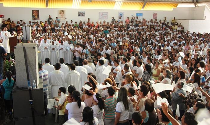 Multidão lotou o Caic na VIII Festa da Família | foto: Raimundo Mascarenhas