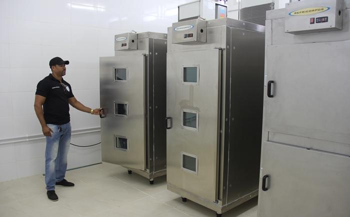 Sala refrigerada do Departamento de Policia Técnica - DPT | Foto: Raimundo Mascarenhas