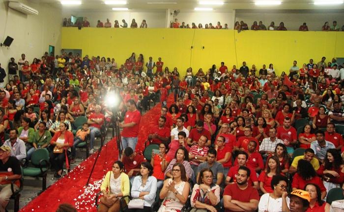 PT de Valente marcou firme presença na convenção   Foto: Raimundo Mascarenhas
