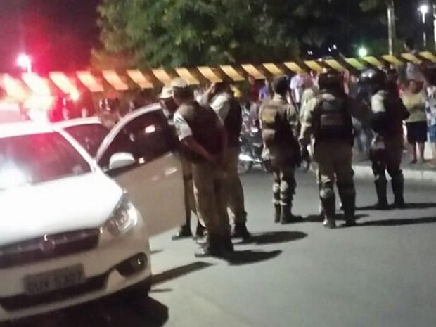 Homem e a filha de 13 anos são baleadas no sudoeste da Bahia