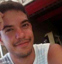 Valdomiro foi morto dentro de casa.