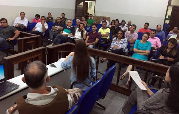 reunião política em santaluz