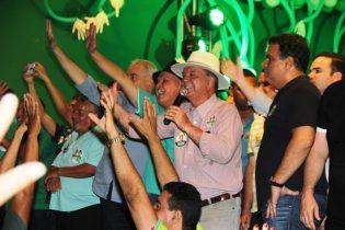 João Leão disse que assim como a seleção conquistou o ouro, o eleitor vai torná-lo campeão nas urnas | Foto: Raimundo Mascarenhas