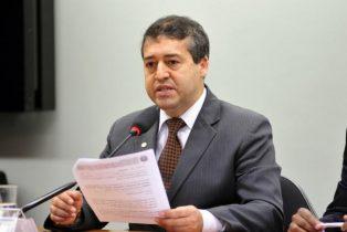 Nogueira afirmou que o padrão normal e legal continuará sendo o de oito horas diárias e 44 horas semanais, sem alterações para os trabalhadores