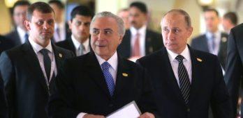 Temer (à esq) e o presidente da Rússia, Vladimir Putin (à dir.), participaram do encontro anual dos Brics em Goa