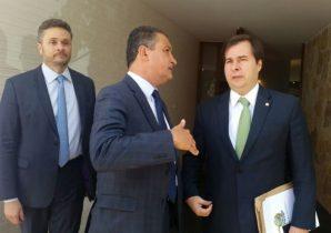 Governador da Bahia conversa com Rodrigo Maia presidente da Câmara