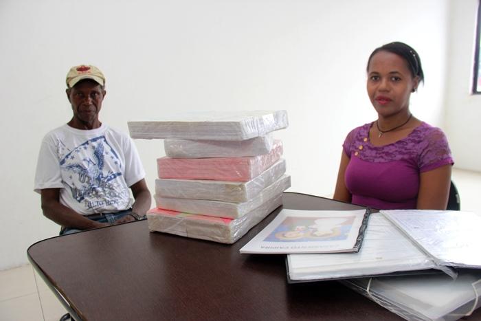 Joana é filha única, seu pai Sebastião Júlio dos Santos se diz muito orgulhoso pelo talento da filha e tem acompanhado passo a passo do seu projeto
