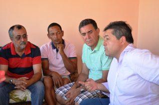 Deputado Alex disse que em Valente continua firme com o grupo que fará oposição ao futuro governo   Foto: Teones Araújo