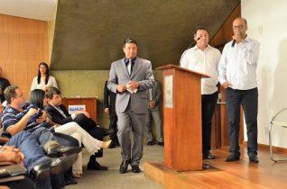 Nininho pediu apoio ao governador em público