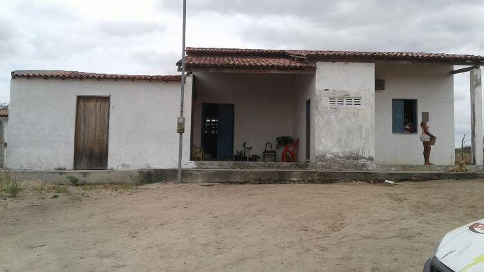 casa-de-farinha-invadida-em-santana-de-valente
