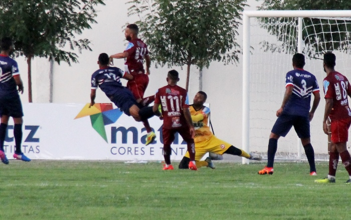 c1d8da80aa Jacuipense derrota o Bahia de Feira e retorna ao G4 do Baianão ...