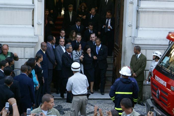 Viúva Arlete Maron de Magalhães deixando o Palácio da Aclamação | Foto: Raimundo Mascarenhas