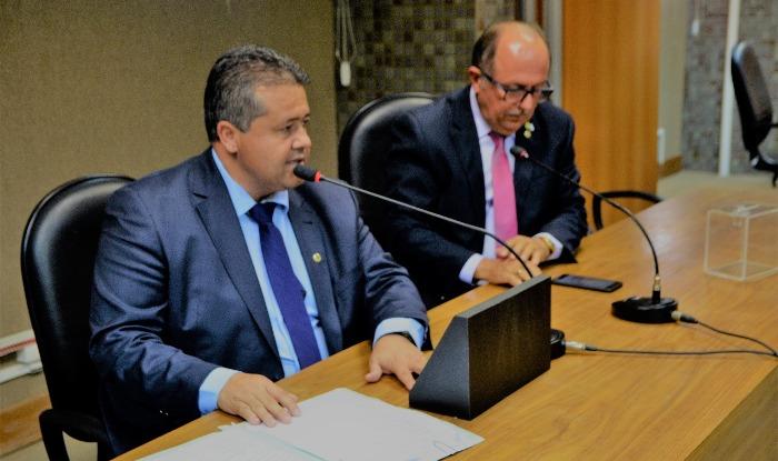 Alex da Piatã é reconduzido à presidência da Comissão da Saúde da ALBA