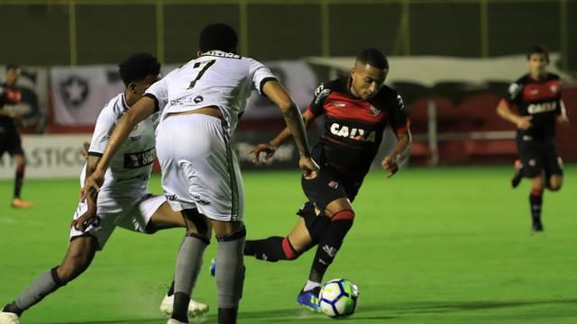 Vitória x Botafogo no Barradão (Foto  Maurícia da Mata EC Vitória Divulgação ) 05a88d7795d06