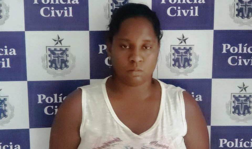 Mulher é presa pela Polícia Civil após tentar sacar o PIS com documentos falsos