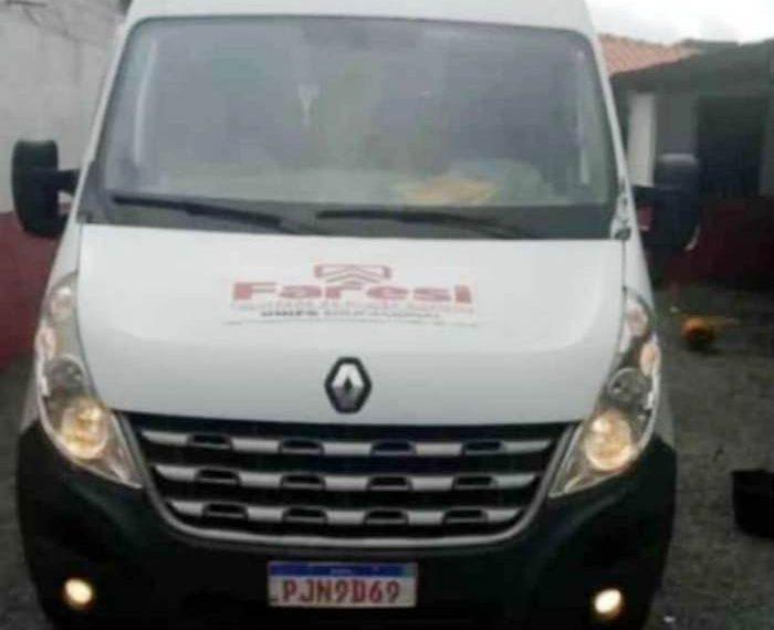 Bandidos abordam Van que transportava professores de Faculdade de Coité para Feira de Santana