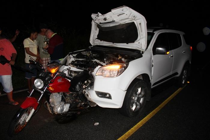 Coité – Acidente envolvendo carro e motocicleta mata casal na BA 409