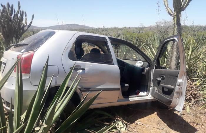 PM de Santaluz recupera carro minutos depois de ser tomado de assalto - Calila Notícias