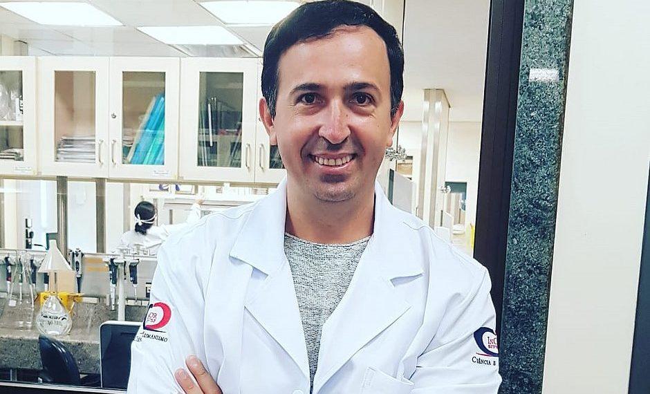 Coronavírus: Baiano que desenvolve vacina passou infância vendendo frutas e geladinho em Tucano