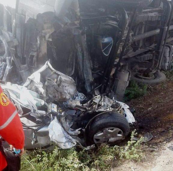 Acidente na BR 116 Norte deixa quatro mortos, entre as vítimas uma mulher grávida