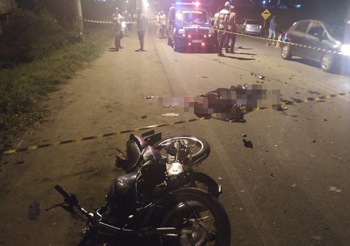 Colisão envolvendo duas motos deixa um morto e outro gravemente ferido na BA 409
