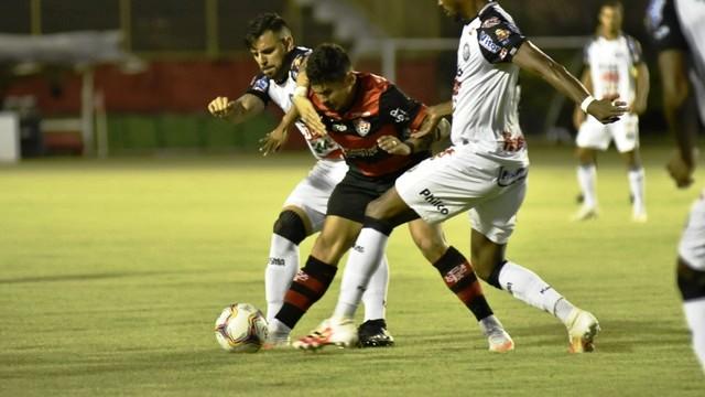 Série B: Vitória empata com o Operário-PR no Barradão e segue ameaçado pelo Z-4