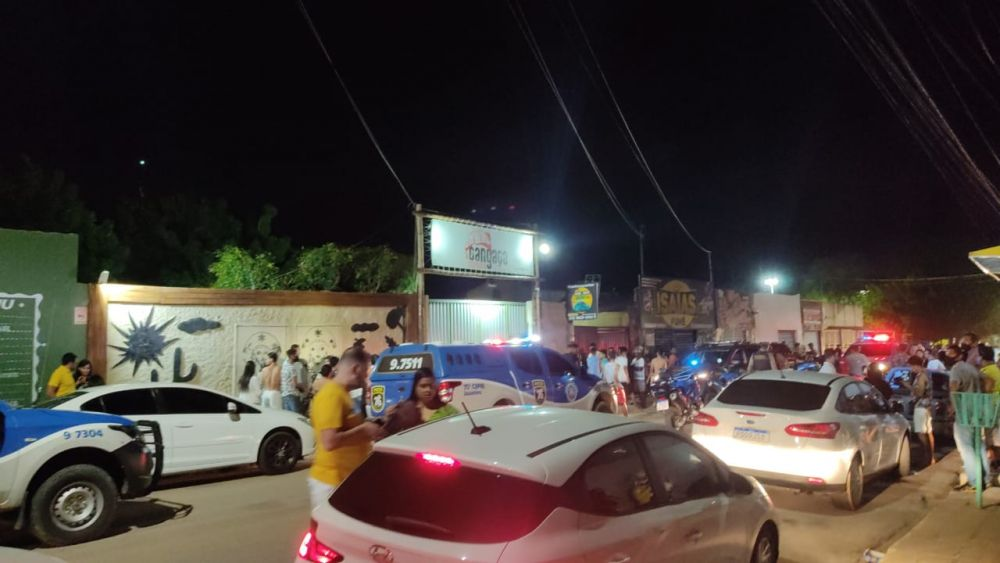Policial é morto dentro de bar em Juazeiro